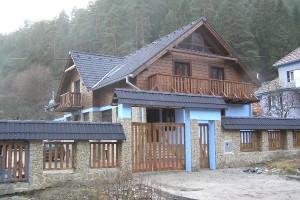 PO-4-Rekreacny-dom-Turik_1